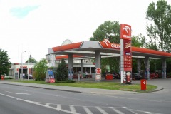 Stacja benzynowa w Jeziornie, ul. Warszawska, Konstancin-Jeziorna