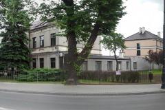 Główny budynek Urzędu Miasta i Gminy przy ul. Warszawskiej, Konstancin-Jeziorna