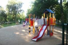 2012.08.08 Nowy plac zabaw na ul. Sienkiewicza