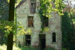 2013.07 Ruina willi na rogu ul. Jagiellońskiej i ul. Piotra Skargi