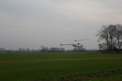 2013.10.25 Helikopter na lotnisku pod Oborami
