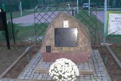2013.11 Pomnik w Czarnowie