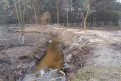 2016.03.08 Prace ziemne nad potokiem Mała