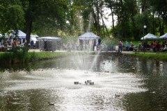 2016.08.17 Fontanna na oczku wodnym na Grapie
